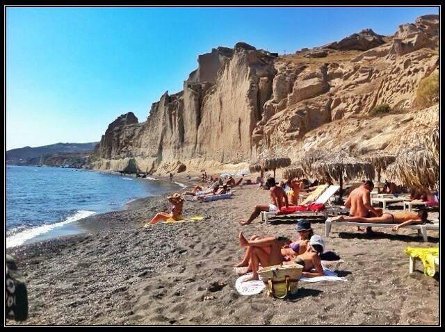 The white cliff surrounding Eros Beach