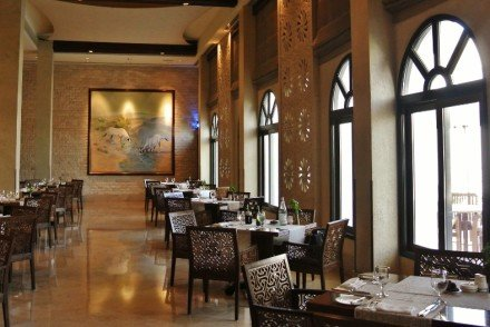 Al Liwan Restaurant, Sharq Village and Spa