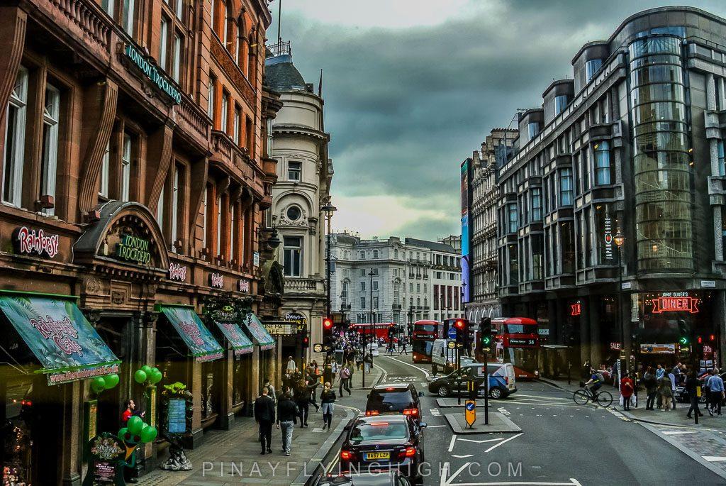London Bus 14, PinayFlyingHigh.com