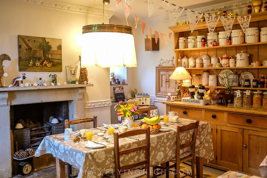 The breakfast/dining area of Fosse Farmhouse in Castle Combe.