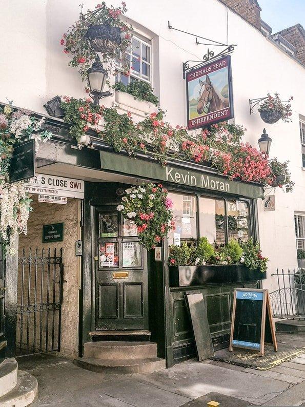 The Nags Head, Belgravia, London