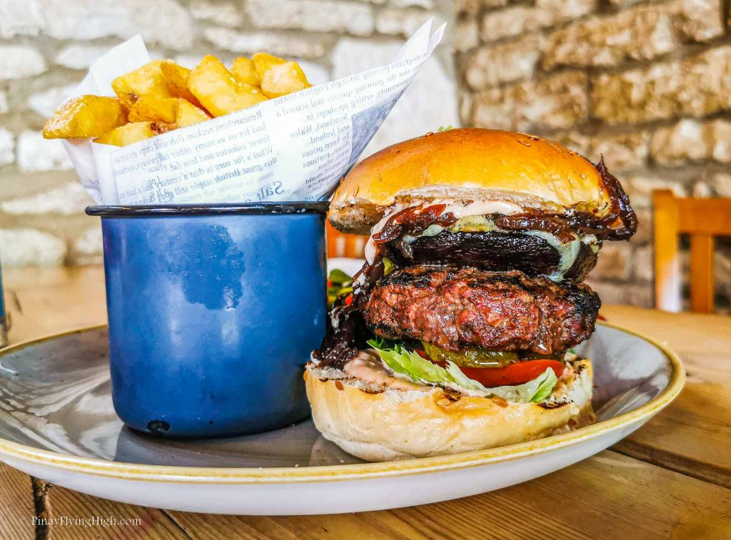 Burger at The Black Horse Inn, Stroud, Cotswold, England